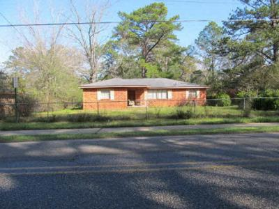Photo of 1103 Johnson Road, Daphne, AL 36526