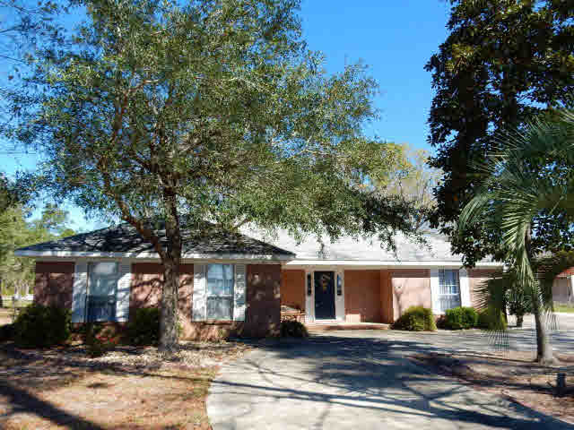 36023 Boykin Blvd, Lillian, AL 36549