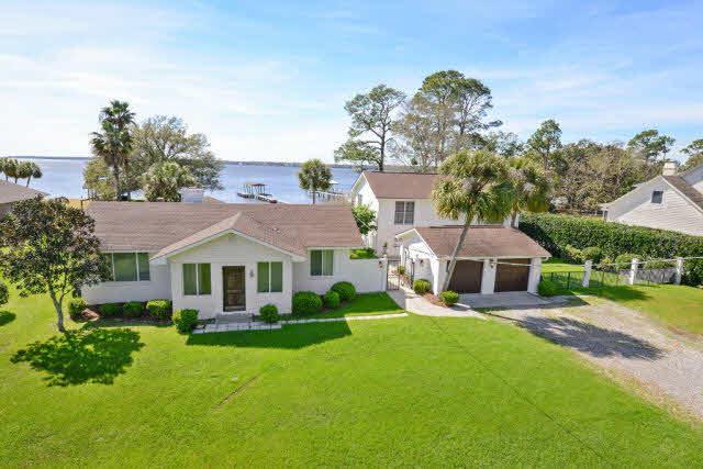 1079 Perdido Manor Dr, Pensacola, FL 32506