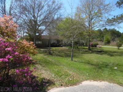 Photo of 21230 Miflin Rd, Foley, AL 36535