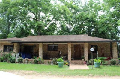 Photo of 24752 Pine St, Elberta, AL 36530