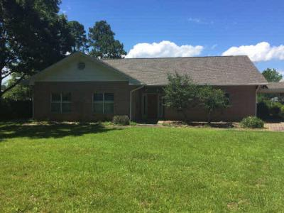 Photo of 8890 Bay View Drive, Foley, AL 36535