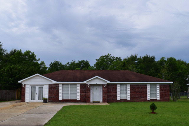 41 Magnolia Circle, Foley, AL 36535