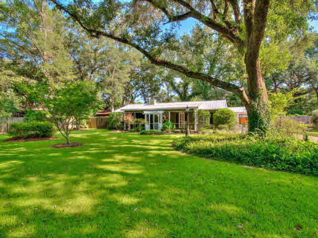 14093 Woodland Drive, Magnolia Springs, AL 36555