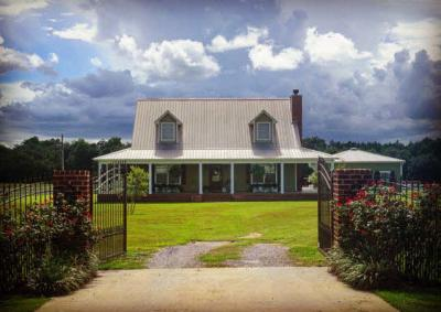 Photo of 11699 Stucki Rd, Elberta, AL 36530