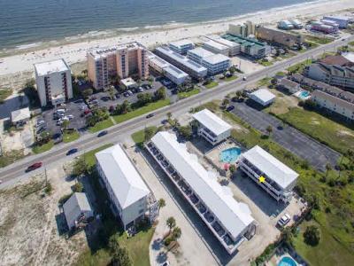Photo of 1118 W Beach Blvd #21, Gulf Shores, AL 36542