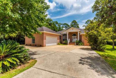 Photo of 8905 Bay Point Drive, Elberta, AL 36530
