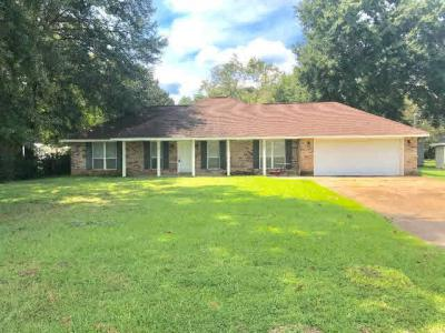 Photo of 303 NE 4th Street, Summerdale, AL 36580