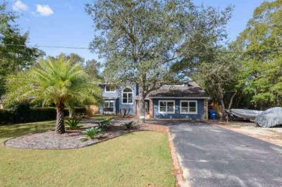 Photo of 1409 Yupon Dr, Gulf Shores, AL 36542