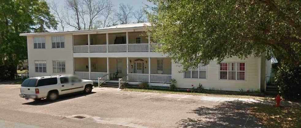 302 S Alton Street, Foley, AL 36535