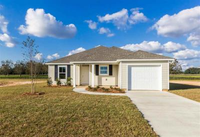 Photo of 154 Plantation Circle, Summerdale, AL 36580