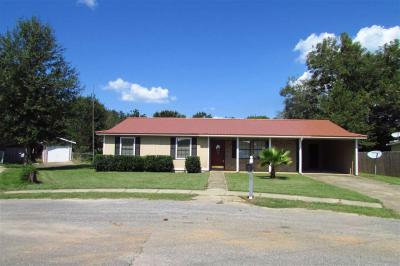 Photo of 512 Carol Ann Court, Foley, AL 36535