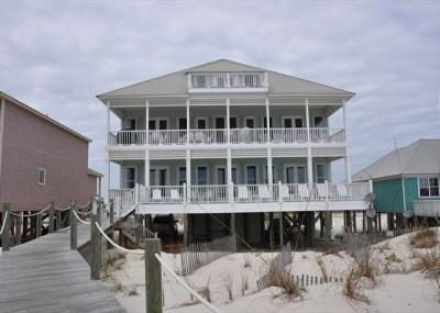 Photo of 3966 Gulfwind Ct, Gulf Shores, AL 36542