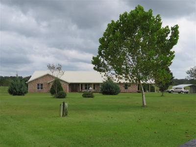 Photo of 24360 Cowpen Creek Road, Robertsdale, AL 36567