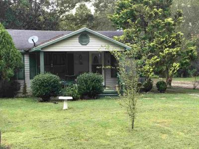 Photo of 18613 Wisconsin St, Robertsdale, AL 36567
