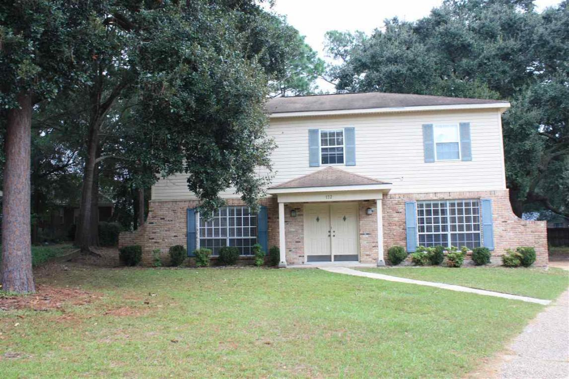 122 Windsor Court, Daphne, AL 36526