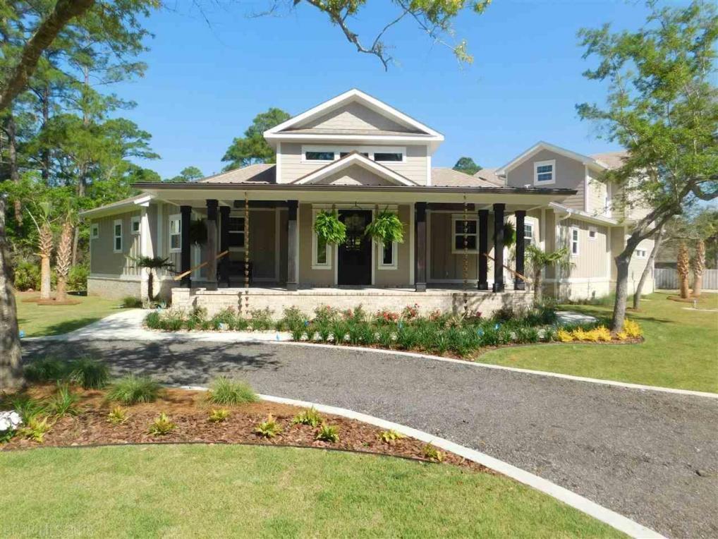 16600 Innerarity Point Rd, Pensacola, FL 32507