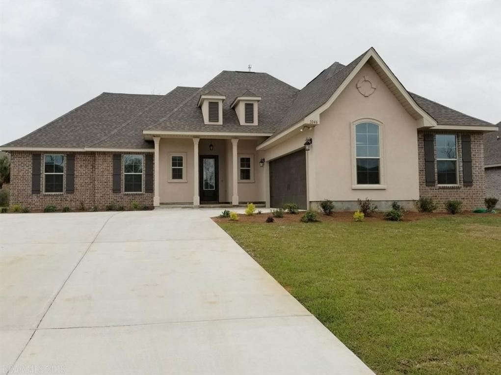 1046 Thoresby Drive, Foley, AL 36535