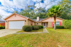 208 Myrtle Ct, Foley, AL 36535