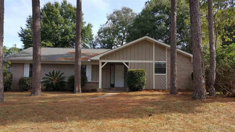 107 Brentwood Drive, Daphne, AL 36526