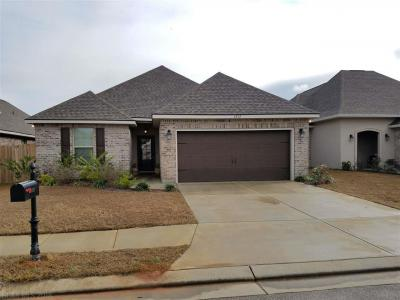 Photo of 6032 Waterford Dr, Foley, AL 36535
