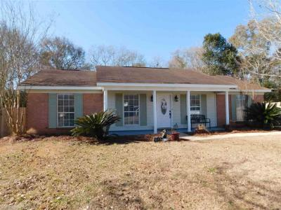 Photo of 21836 Mahan Dr, Robertsdale, AL 36567