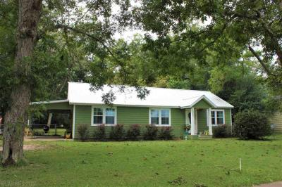 Photo of 13265 Main Street, Elberta, AL 36530
