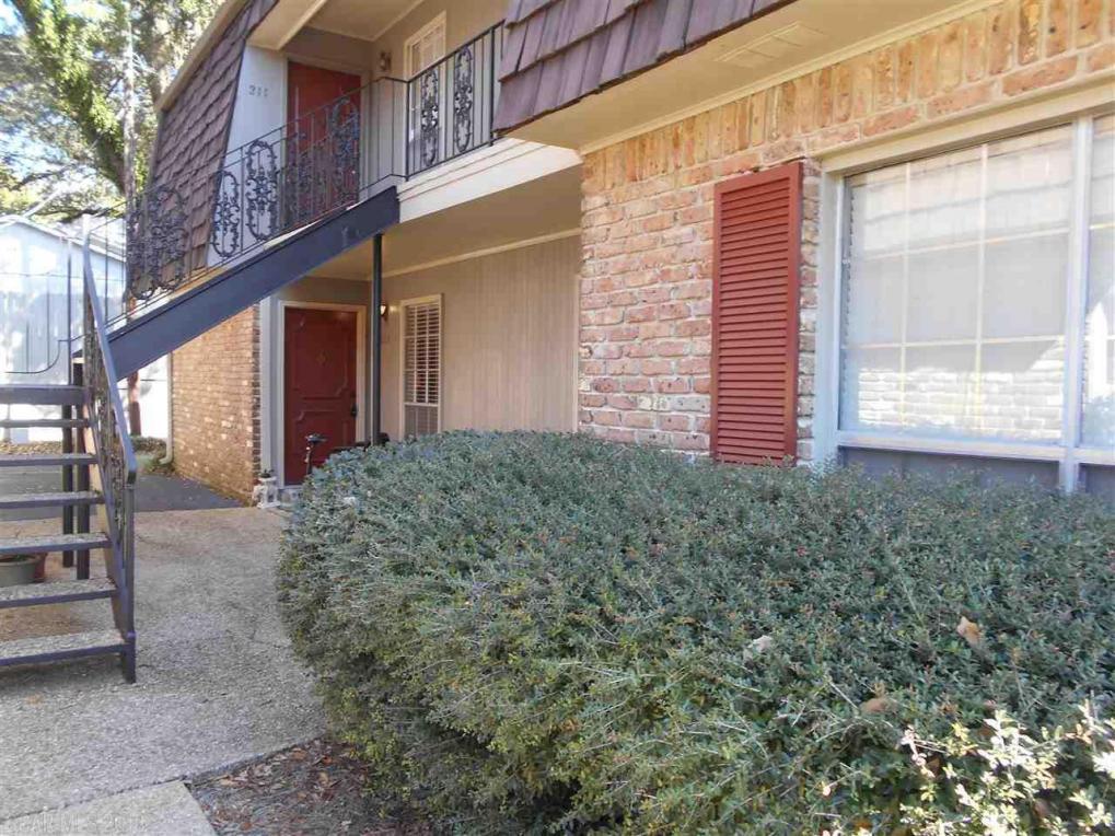 207 S Mobile Street #111, Fairhope, AL 36532