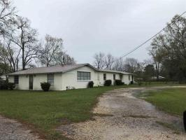 505 S Juniper St, Foley, AL 36535