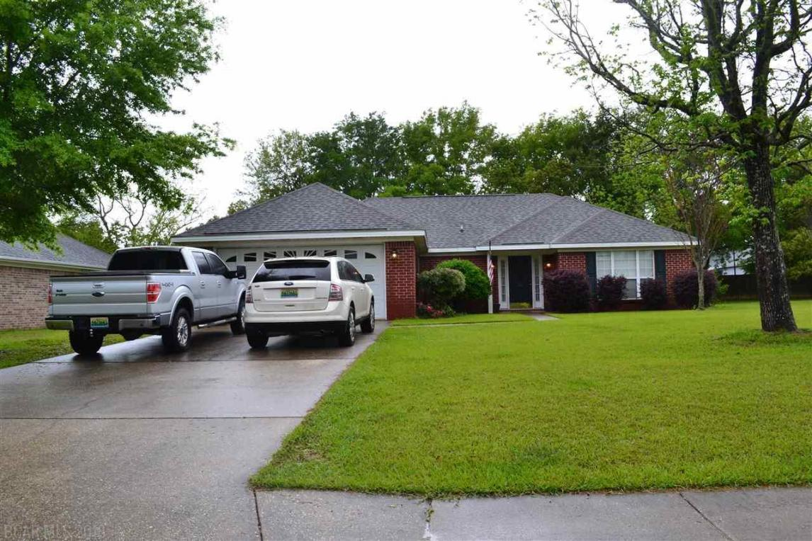 144 Oakwood Avenue, Fairhope, AL 36532