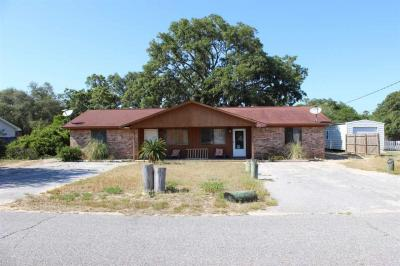 Photo of 13638 Canal Drive, Pensacola, FL 32507