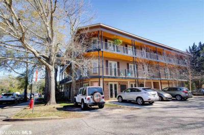 Photo of 100 N Bancroft Street #C3, Fairhope, AL 36532