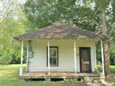 Photo of 206 NE 2nd Street, Summerdale, AL 36580
