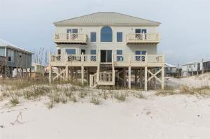 571 Our Rd, Gulf Shores, AL 36542