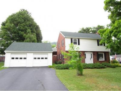 Photo of 4 Colpitts Drive, Kirkwood, NY 13795