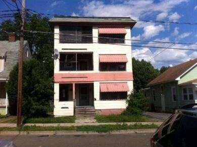 207 St Charles St, Johnson City, NY 13790
