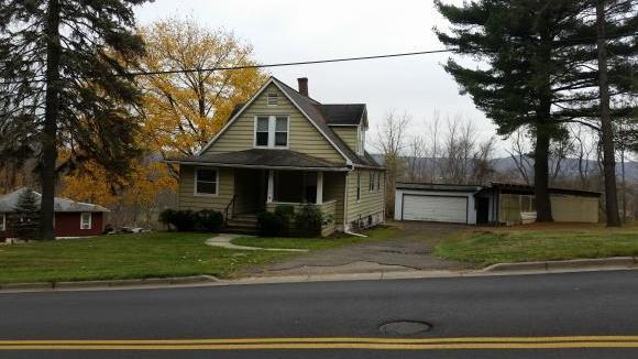 3860 Country Club Rd, Endwell, NY 13760