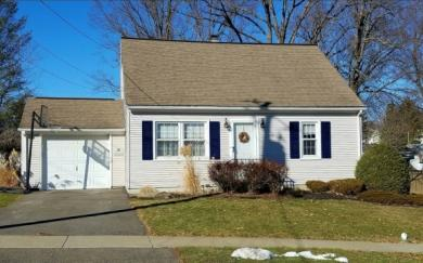 2715 Crescent Dr, Endwell, NY 13760