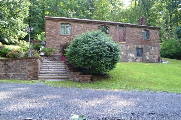 3511 Liberty Park Rd, Hallstead, PA 18822
