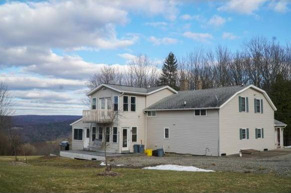 261 West Hill Road, Vestal, NY 13850
