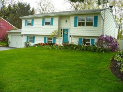 Photo of 13 Davis Road, Binghamton, NY 13901
