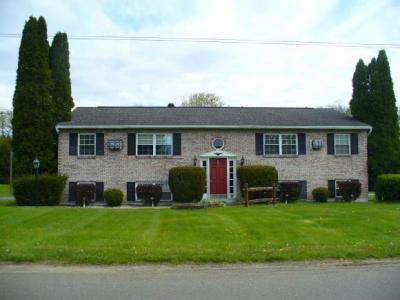 Photo of 2 Winston Drive, Binghamton, NY 13901