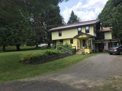 Photo of 407 Oak Hill Road, Binghamton, NY 13901