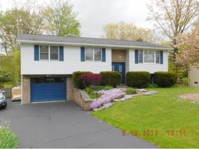 Photo of 51 Woodcrest Way, Conklin, NY 13748
