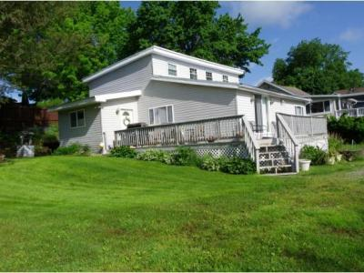Photo of 160 Lakeshore Dr, New Milford, PA 18834