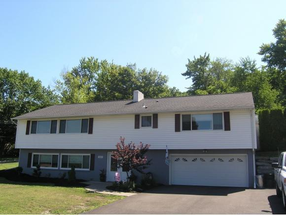 642 Sunset Dr, Endwell, NY 13760