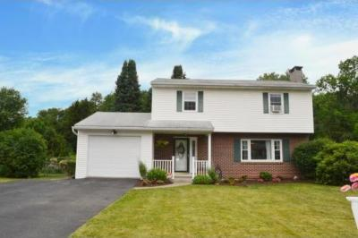 Photo of 27 Maplewood Drive, Binghamton, NY 13901