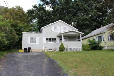 Photo of 3015 Robins St, Endwell, NY 13760