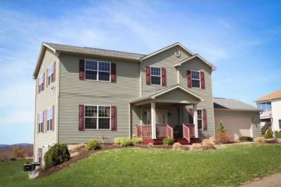 Photo of 32 Rose Lane, Johnson City, NY 13790