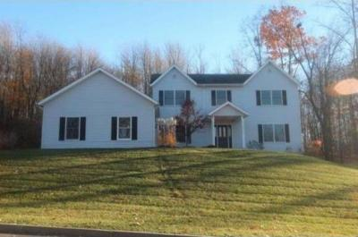 Photo of 16 Timberland Dr, Binghamton, NY 13903